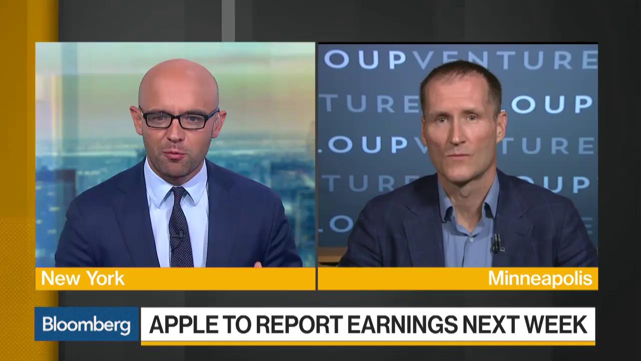 Gene Munster Says Apple Should Buy Tesla
